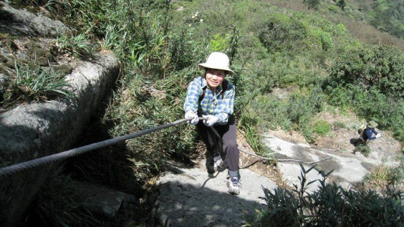 Leo Fanxipang cung Trạm Tôn – Sín Chải đu dây